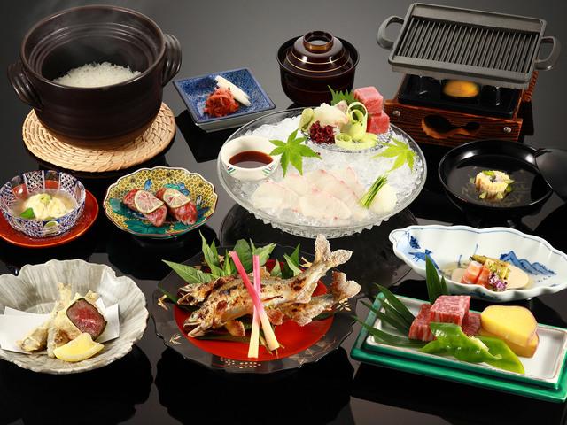 夏限定の「鮎」と「飛騨牛」会席 (鮎の塩焼きは2人前)料理写真はイメージです