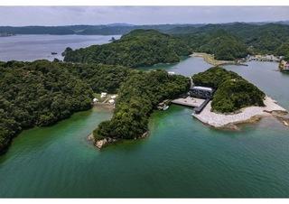 紀の松島に浮かぶ中の島は専用船で向かいます!
